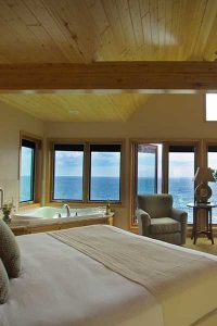Bluefin Bay Family of Resorts Guestroom
