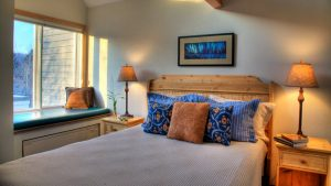 Bluefin Bay Lakeside Guestroom