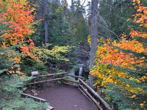 Cascade Falls Trail in October