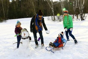 winter family fun at bluefin bay