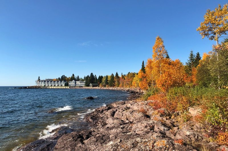 Bluefin Bay - Fall on the North Shore