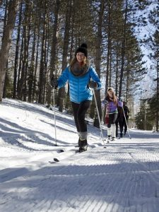 guided cross-country skiing at bluefin bay