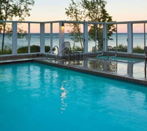 Bluefin Bay Outdoor Pool and Hot Tub